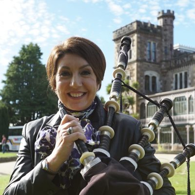 Cruising With Jane Mcdonald - Ep 1 - Jane learns to play the bagpipes at Lanrach Castle