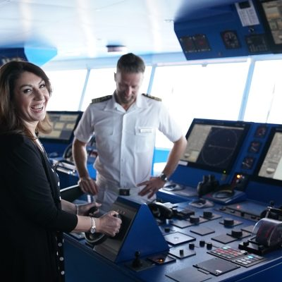 Cruising With Jane McDonald Se4 Ep 1 - Under the expert tutelage of the captain, Jane learns about driving a ship.
